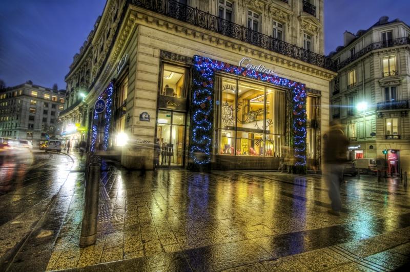 Cartier on the Champs-Élysées at Christmas